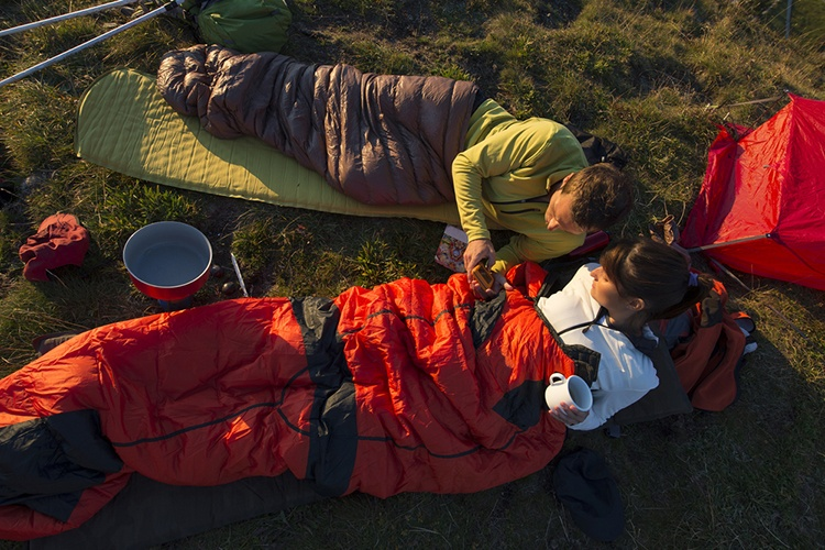 Down vs. Synthetic Sleeping Bag