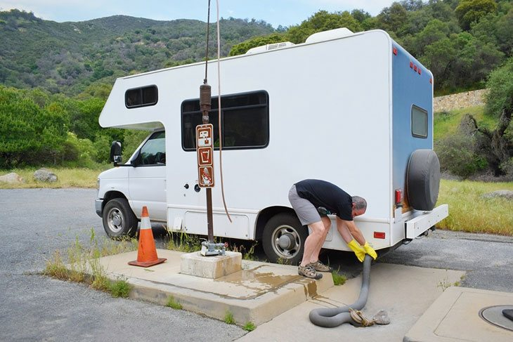 how to clean rv toilet seal